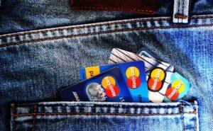 ジーパンとクレジットカード