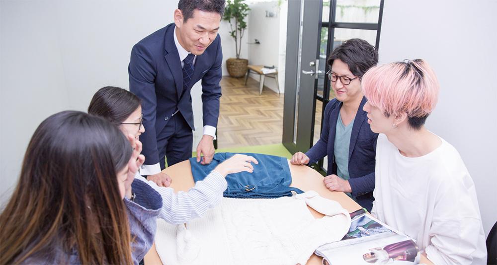 洋服とデザイナー