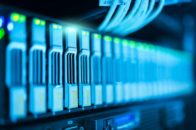 アパレル特有の複雑な顧客データを集積